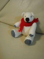 棒針編みのテディベア